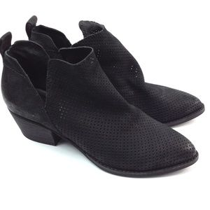 Dolce Vita Perforated Bootie black